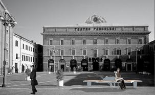Stadtmöbel – Wi-fi Bank (Jesi, Italien)